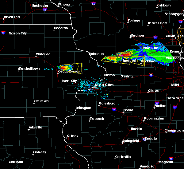 Radar Image for Severe Thunderstorms near Springville, IA at 4/7/2020 6:19 PM CDT