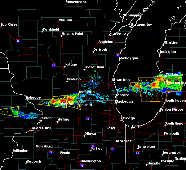 Radar Image for Severe Thunderstorms near Rockton, IL at 4/7/2020 6:29 PM CDT