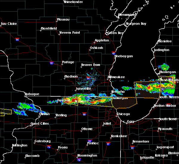 Radar Image for Severe Thunderstorms near Rockton, IL at 4/7/2020 7:07 PM CDT