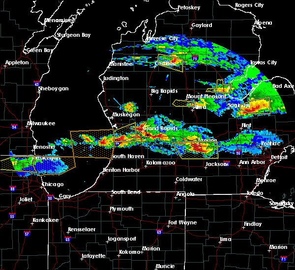 Radar Image for Severe Thunderstorms near Otsego, MI at 4/7/2020 8:19 PM EDT