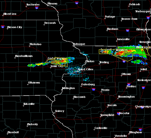 Radar Image for Severe Thunderstorms near Clarence, IA at 4/7/2020 7:34 PM CDT