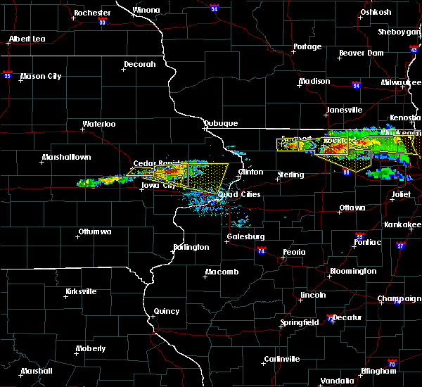 Radar Image for Severe Thunderstorms near New Liberty, IA at 4/7/2020 7:38 PM CDT