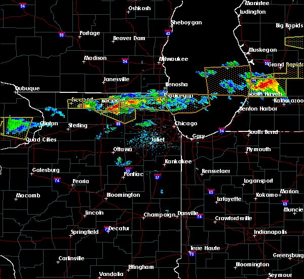 Radar Image for Severe Thunderstorms near Round Lake, IL at 4/7/2020 7:39 PM CDT