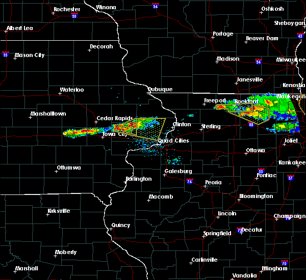 Radar Image for Severe Thunderstorms near Tipton, IA at 4/7/2020 7:49 PM CDT