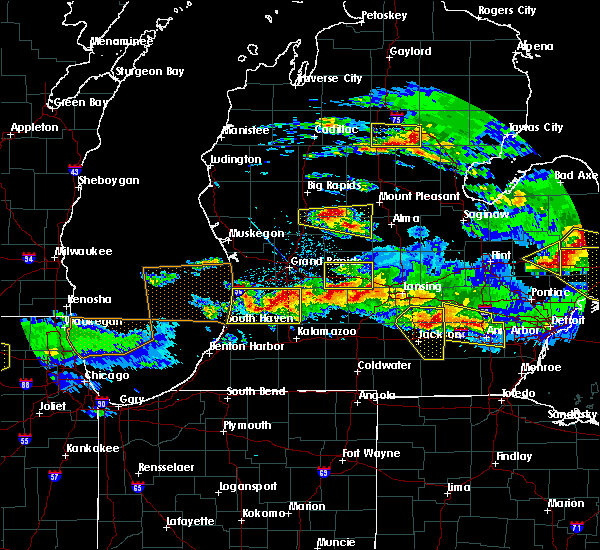Radar Image for Severe Thunderstorms near Otsego, MI at 4/7/2020 8:50 PM EDT