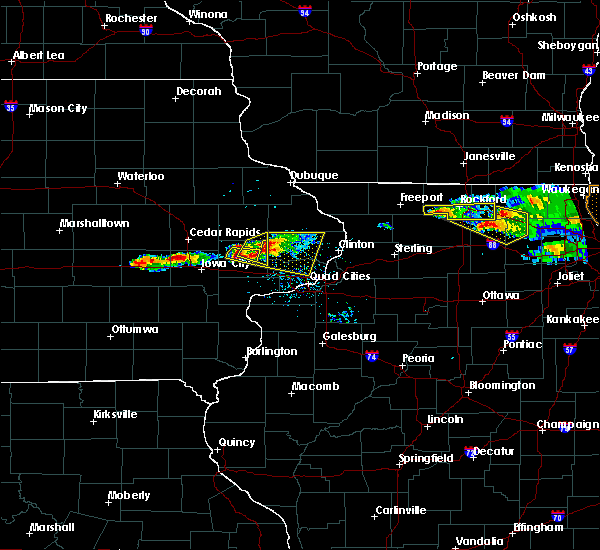 Radar Image for Severe Thunderstorms near New Liberty, IA at 4/7/2020 7:54 PM CDT