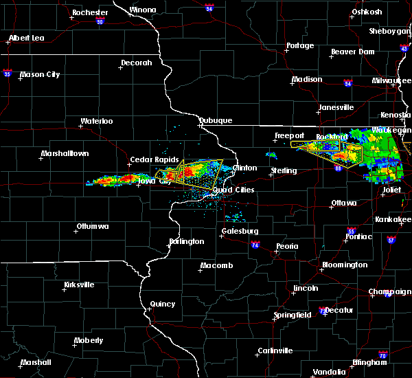 Radar Image for Severe Thunderstorms near New Liberty, IA at 4/7/2020 8:00 PM CDT