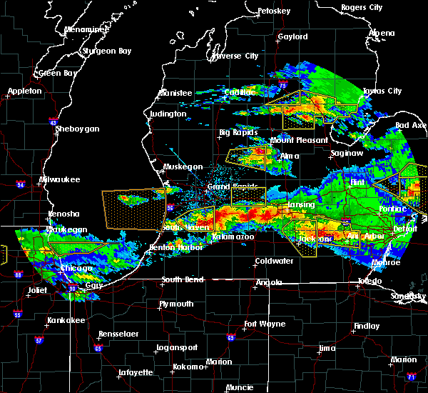 Radar Image for Severe Thunderstorms near Dowling, MI at 4/7/2020 9:02 PM EDT