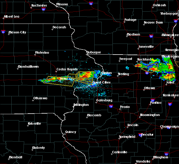 Radar Image for Severe Thunderstorms near New Liberty, IA at 4/7/2020 8:12 PM CDT