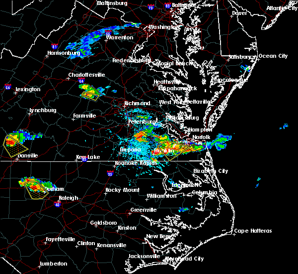 Radar Image for Severe Thunderstorms near Windsor, VA at 6/25/2015 5:23 PM EDT
