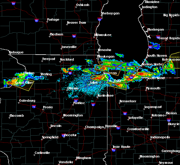 Radar Image for Severe Thunderstorms near South Elgin, IL at 4/7/2020 8:41 PM CDT