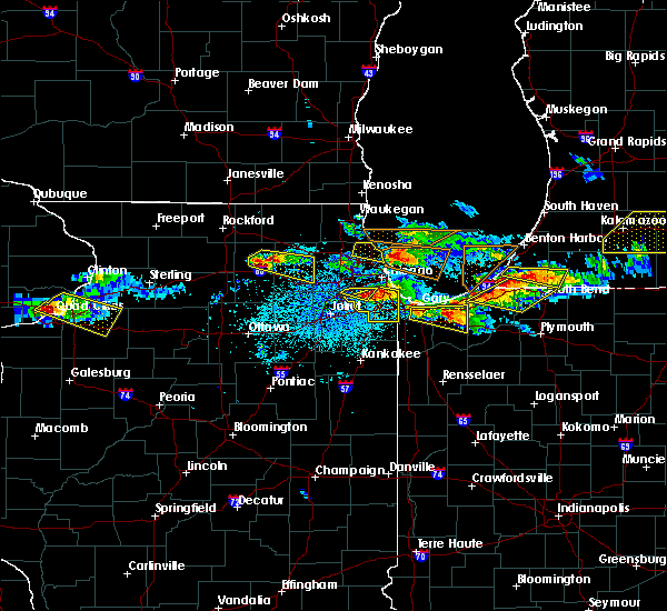 Radar Image for Severe Thunderstorms near Dixmoor, IL at 4/7/2020 8:43 PM CDT