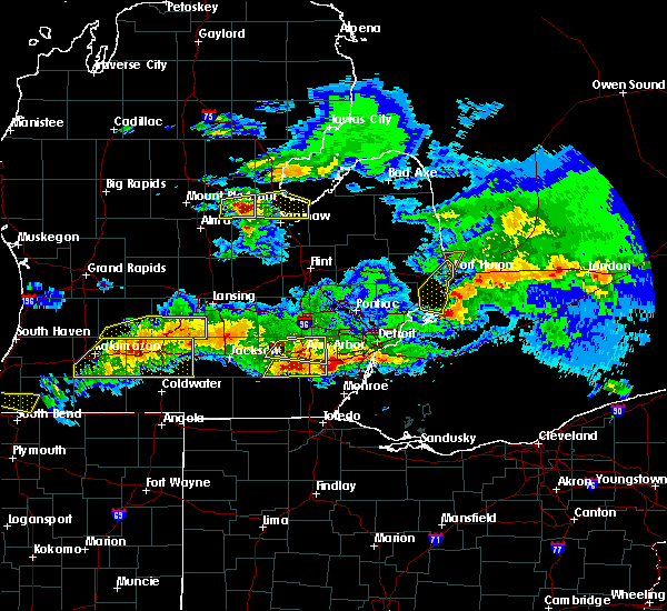 Radar Image for Severe Thunderstorms near Toledo, OH at 4/7/2020 9:44 PM EDT