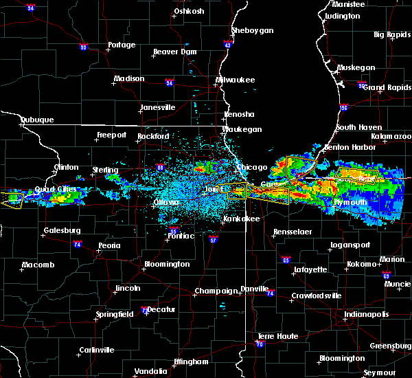 Radar Image for Severe Thunderstorms near Dolton, IL at 4/7/2020 9:20 PM CDT