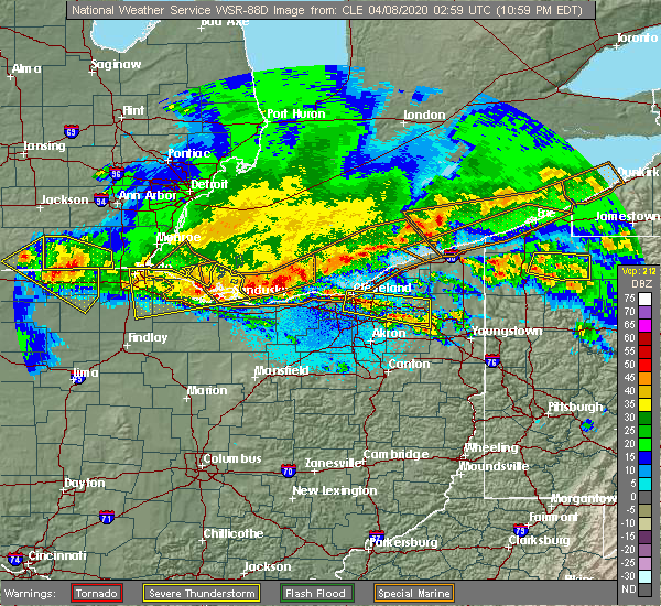 Radar Image for Severe Thunderstorms near Richfield, OH at 4/7/2020 11:04 PM EDT