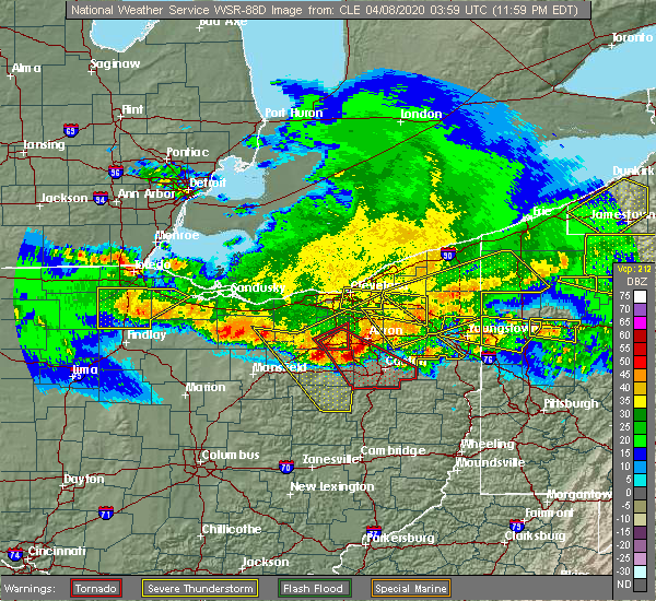 Radar Image for Severe Thunderstorms near Green, OH at 4/8/2020 12:01 AM EDT