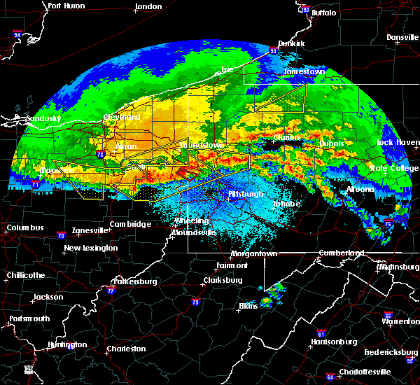 Radar Image for Severe Thunderstorms near East Palestine, OH at 4/8/2020 12:40 AM EDT