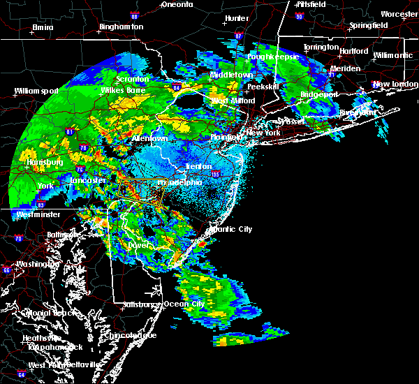 Radar Image for Severe Thunderstorms near Oak Valley, NJ at 4/8/2020 2:33 AM EDT