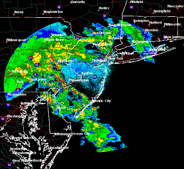 Radar Image for Severe Thunderstorms near Oak Valley, NJ at 4/8/2020 2:47 AM EDT