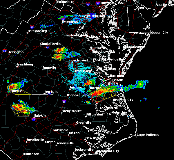 Radar Image for Severe Thunderstorms near Sunbury, NC at 6/25/2015 6:06 PM EDT