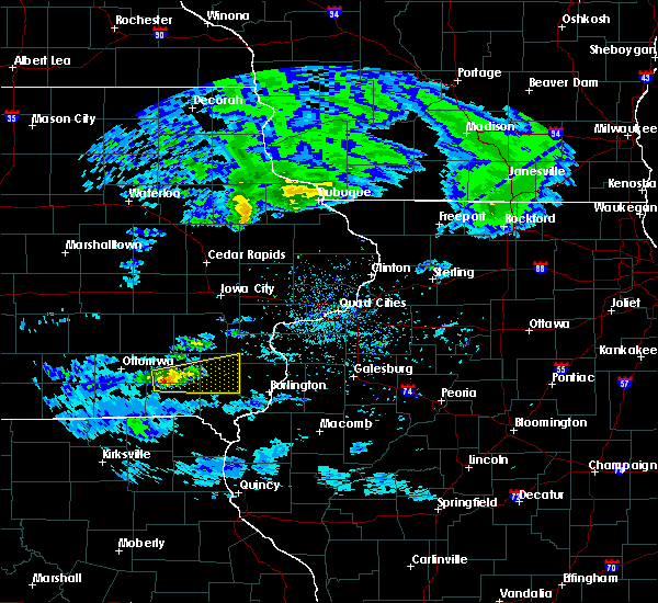 Radar Image for Severe Thunderstorms near Mount Union, IA at 4/8/2020 2:32 PM CDT