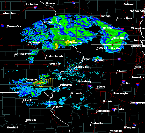 Radar Image for Severe Thunderstorms near Mount Union, IA at 4/8/2020 2:35 PM CDT