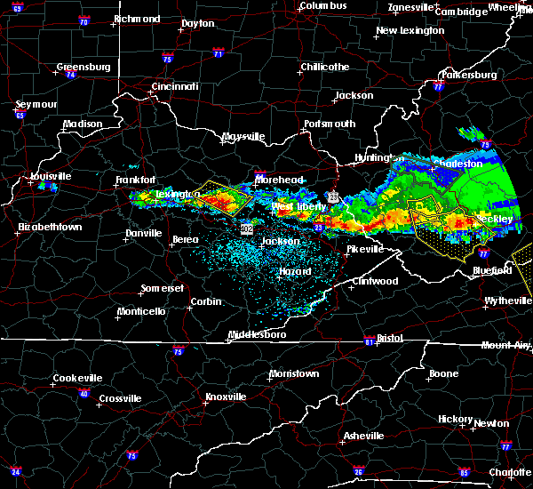 Radar Image for Severe Thunderstorms near Frenchburg, KY at 4/8/2020 3:46 PM EDT