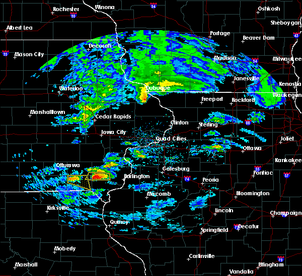 Radar Image for Severe Thunderstorms near Middletown, IA at 4/8/2020 2:59 PM CDT