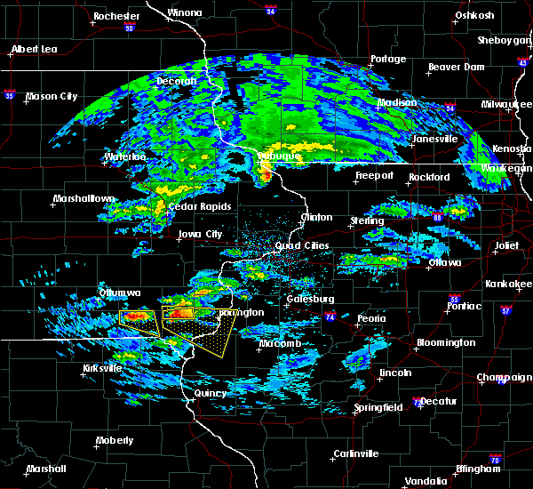 Radar Image for Severe Thunderstorms near Farmington, IA at 4/8/2020 3:06 PM CDT