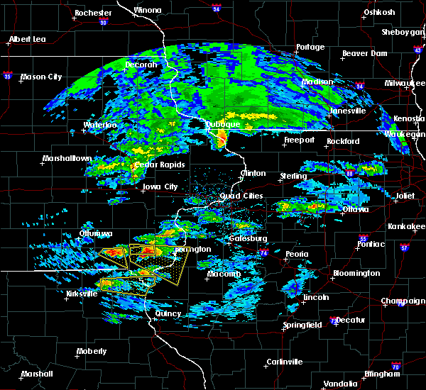 Radar Image for Severe Thunderstorms near Middletown, IA at 4/8/2020 3:11 PM CDT