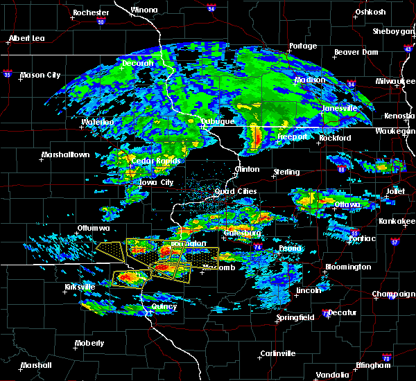 Radar Image for Severe Thunderstorms near Bushnell, IL at 4/8/2020 3:32 PM CDT