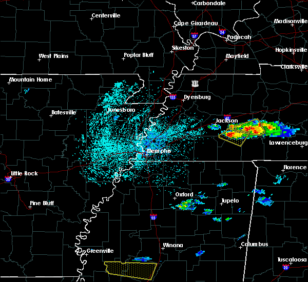 Radar Image for Severe Thunderstorms near Scotts Hill, TN at 4/8/2020 3:33 PM CDT