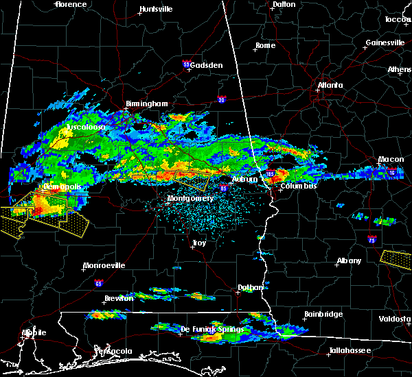 Radar Image for Severe Thunderstorms near Tallassee, AL at 4/8/2020 4:04 PM CDT
