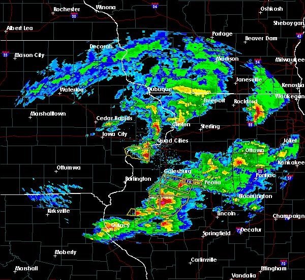Radar Image for Severe Thunderstorms near Bushnell, IL at 4/8/2020 4:28 PM CDT