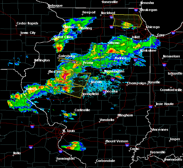 Radar Image for Severe Thunderstorms near Mount Sterling, IL at 4/8/2020 4:47 PM CDT