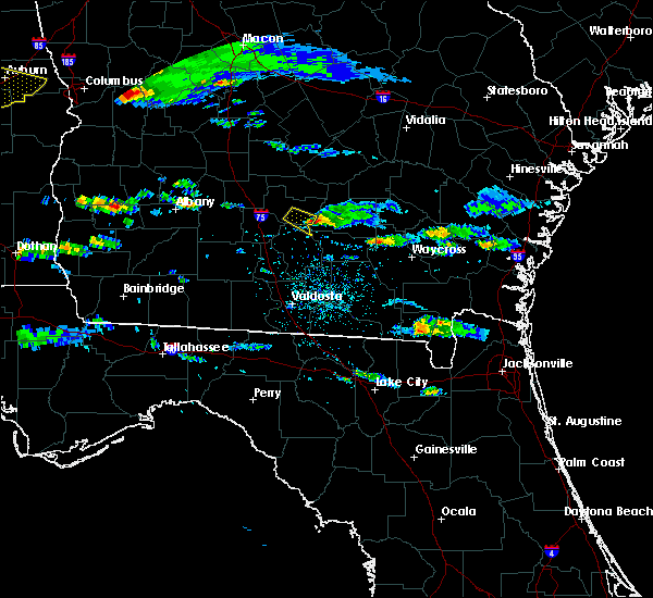 Radar Image for Severe Thunderstorms near Ocilla, GA at 4/8/2020 5:55 PM EDT