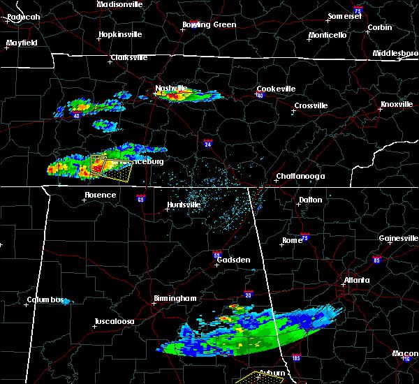 Radar Image for Severe Thunderstorms near Lawrenceburg, TN at 4/8/2020 5:01 PM CDT