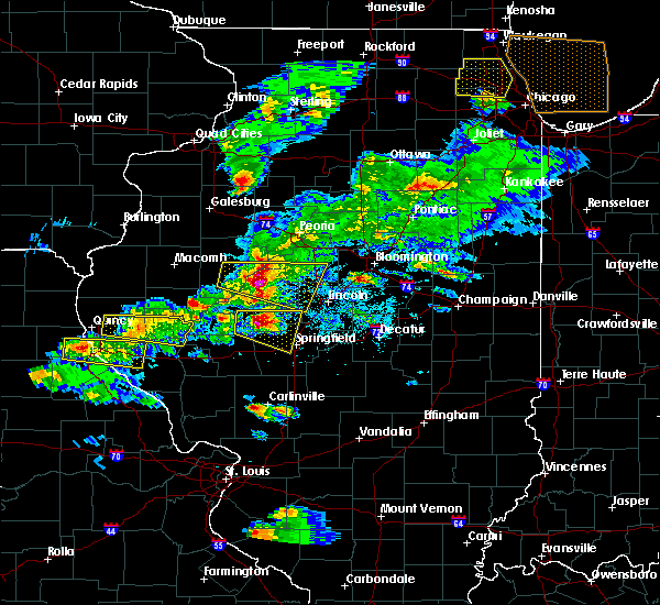 Radar Image for Severe Thunderstorms near Green Valley, IL at 4/8/2020 5:02 PM CDT