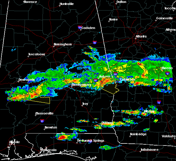 Radar Image for Severe Thunderstorms near Ladonia, AL at 4/8/2020 5:10 PM CDT