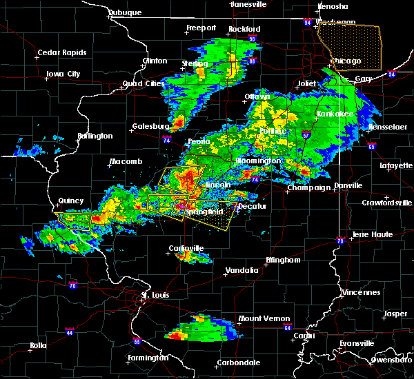 Radar Image for Severe Thunderstorms near Warrensburg, IL at 4/8/2020 5:19 PM CDT