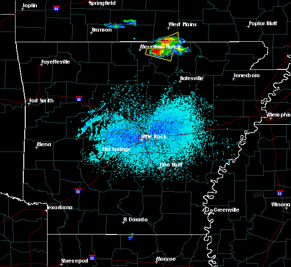 Radar Image for Severe Thunderstorms near Oxford, AR at 4/8/2020 5:29 PM CDT