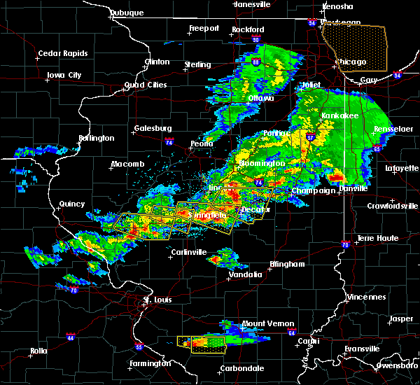 Radar Image for Severe Thunderstorms near Boody, IL at 4/8/2020 5:47 PM CDT