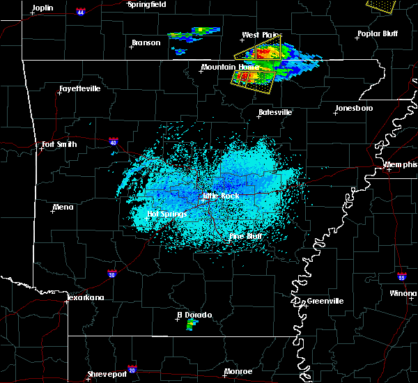 Radar Image for Severe Thunderstorms near Hardy, AR at 4/8/2020 5:51 PM CDT