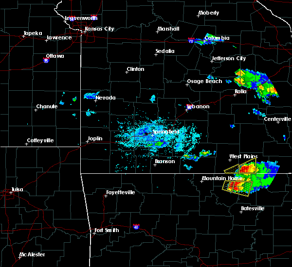 Radar Image for Severe Thunderstorms near Brandsville, MO at 4/8/2020 5:54 PM CDT