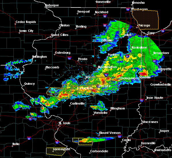 Radar Image for Severe Thunderstorms near Boody, IL at 4/8/2020 5:59 PM CDT