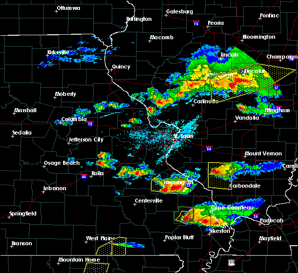 Radar Image for Severe Thunderstorms near Farmington, MO at 4/8/2020 6:08 PM CDT