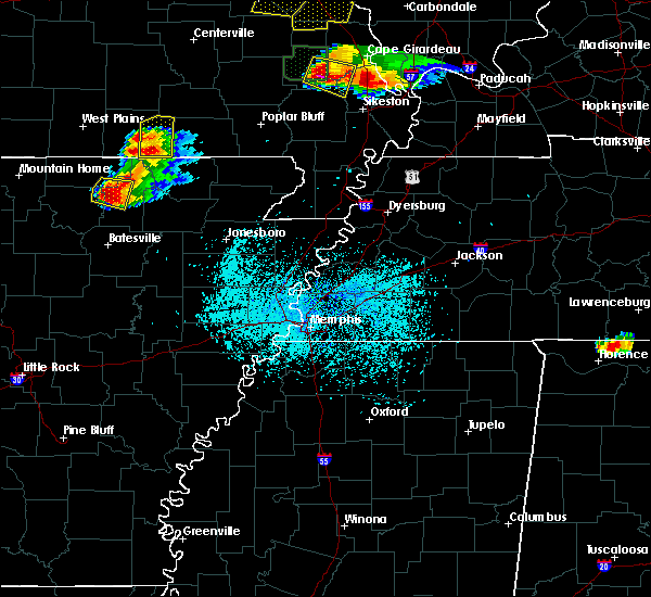 Radar Image for Severe Thunderstorms near Hardy, AR at 4/8/2020 6:19 PM CDT