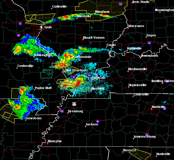 Radar Image for Severe Thunderstorms near Grandin, MO at 4/8/2020 7:02 PM CDT