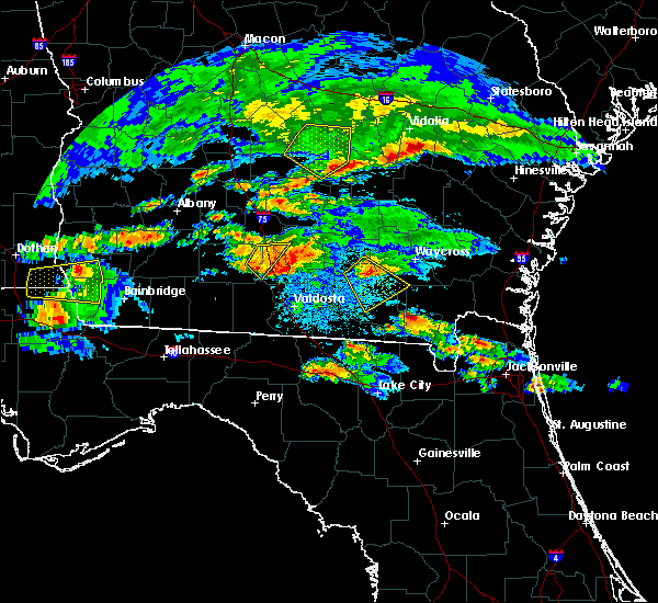Radar Image for Severe Thunderstorms near Nashville, GA at 4/8/2020 8:19 PM EDT