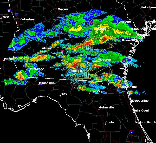 Radar Image for Severe Thunderstorms near Homerville, GA at 4/8/2020 8:39 PM EDT